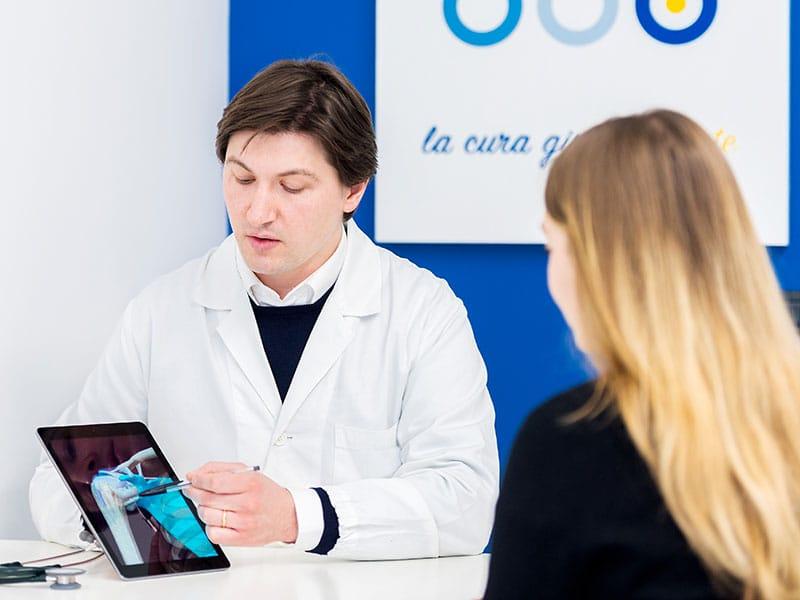 visita ortopedica specialistica per spalla lombardia